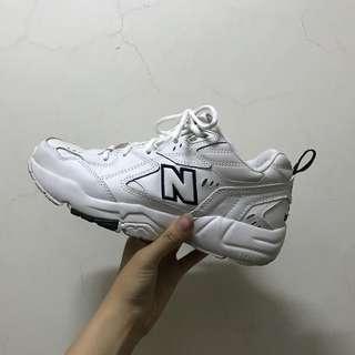 🚚 Newbalance 608
