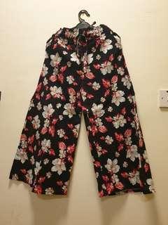 Black Floral Wide Leg Pants #Dec30 #New99