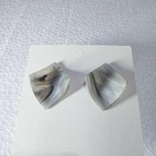 Anting acrylic square