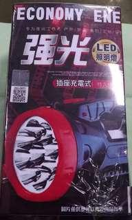 🚚 LED 強光手電筒/照明燈 🔦