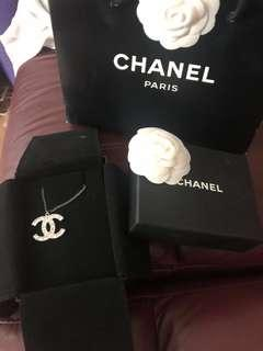 Chanel classic necklace
