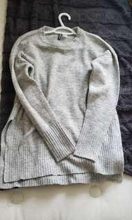 Sweater h&m size small