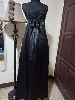 Long dress gaun hitam panjang