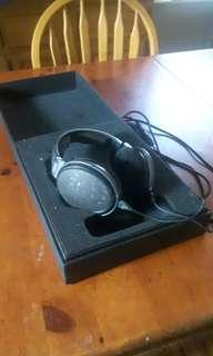 Senheisser HD650 Headphones
