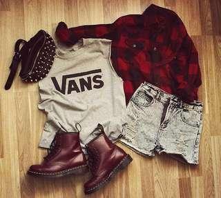 🚚 Female apparel grabbags