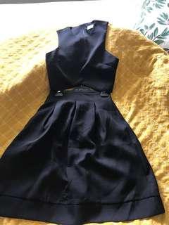 Pilgrim crop top and skirt set size 10