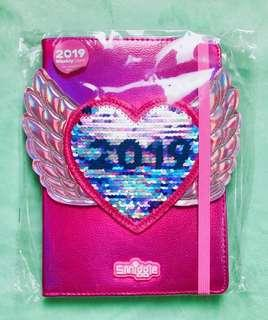 💖Sale!!!💖 Authentic Smiggle Fly-away 2019 A5 Weekly Diary