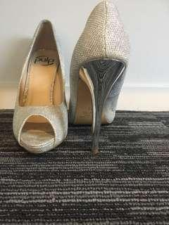 Sliver ball shoes
