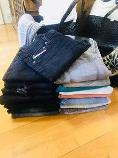 Bundle Of Jeans 18 pairs Not Selling Separately $75 The Lot Read Description