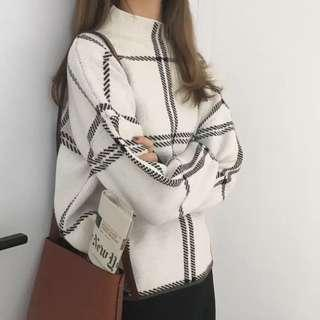 Black white red knit sweater top