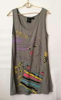 Mango Sleeveless Top with Girl Graphic