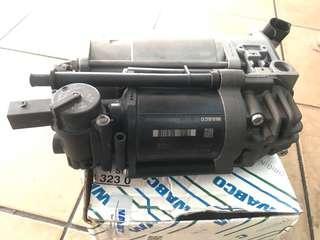 Mercedes Benz W212/E63 , W218/CLS Air Suspension Compressor , Airmatic Compressor / A2123200104