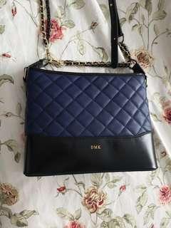 🚚 DMK Gabrielle look alike bag