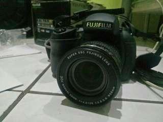 Kamera fujifilm finepix HS30EXR mirrorless camera