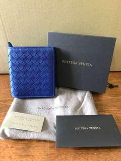 🚚 BNIB Bottega Veneta Wallet in Cobalt Blue