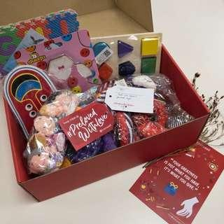 🚚 Tiq's Kiddy #PrelovedwithLove box