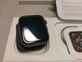 6照片 Apple Watch Series 4 44 太空灰 99%新行貨