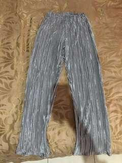 [PRELOVED - F] Shop at Velvet Silver Culotte Pants