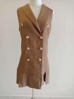 Chic brown dress