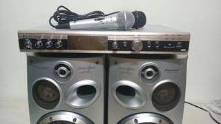 🚚 Karaoke amplifier speakers USB mic 卡拉ok音響喇叭組合