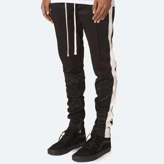 🚚 MNML Track Pants Black White