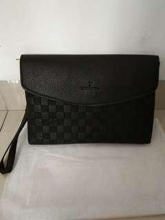 Handbag LV Poche Document