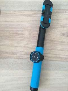 Momax Hero Selfie Bluetooth Stick