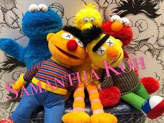 Uniqlo KAWS x Sesame Street