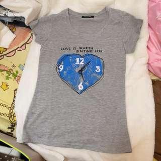 🌟 最後機會!包平郵 時鐘圖案 短袖 Tee Shirt
