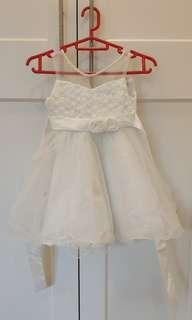 3x Girls Dresses Age 3, 4, 5
