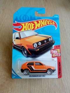 Hot Wheels Volkswagen Golf MK2 (orange)