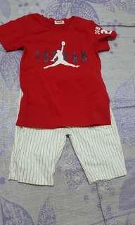 二手9成9新🎉115-125cm兒童短袖紅衣條紋白褲二件式套裝