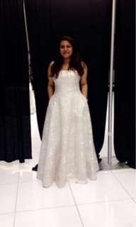 Original Vera Wang Engagement / Prom Dress
