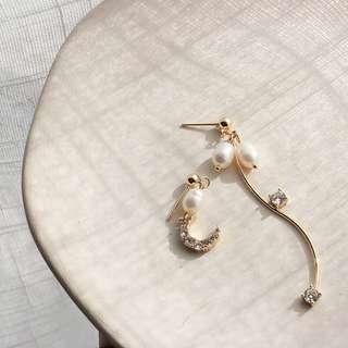 珍珠閃石耳環 (925銀針)