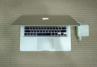MacBook Pro 13 inch core i5.Ssd 256gb MD 101
