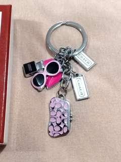 Coach gantungan kunci