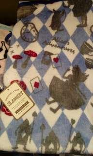Alice inthe wonderland blanket 愛麗斯毛毯