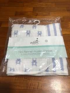 🚚 Aden & Anais flannel stroller blanket
