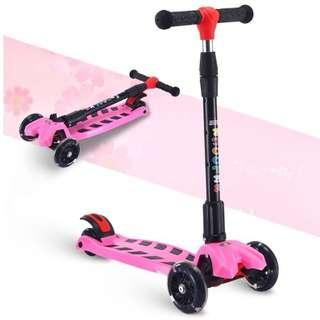 Pink Kids Scooter FOLDABLE with 4 LED LIGHTED WHEELS