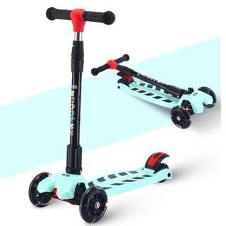 Turquoise colour Kids Scooter FOLDABLE with 4 LED LIGHTED WHEELS