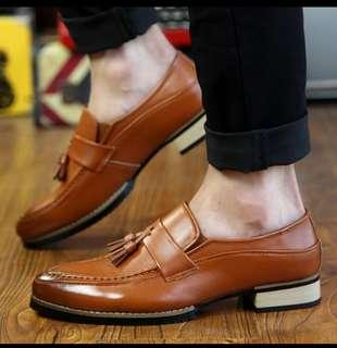 Mens leather loafers/boat shoes