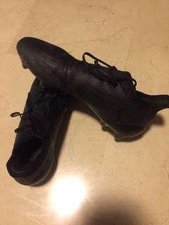 Adidas Techfit Boots
