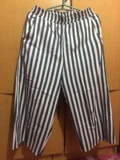 Cullotes Striped white & Blue size 28
