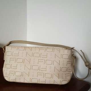 Fion white handbag