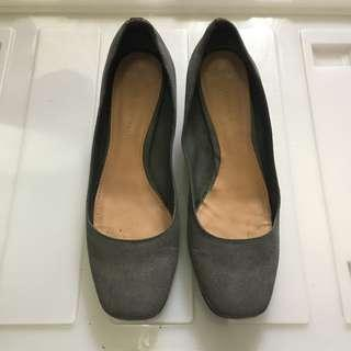 CHARLES & KEITH Gray Low Heels