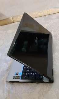 msi laptop lcd 16inchi