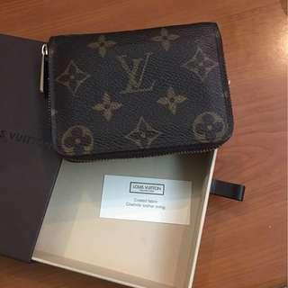 LV Wallet LV Louis Vuitton wallet coins bag, card holder, key holder, 90% new, 100% real, with box and invoice.