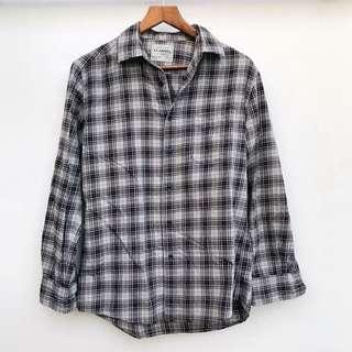 Uniqlo Authentic Flannel Plaid Button Down Shirt
