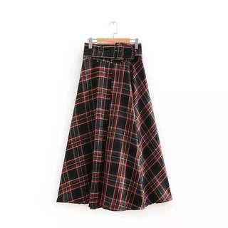 [NEW] Mid Length Plaid Skirt
