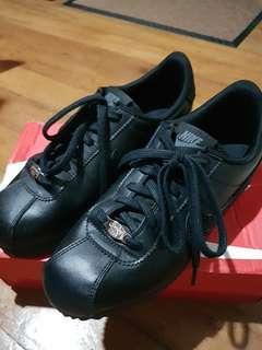 Authentic Nike Cortez Triple Black